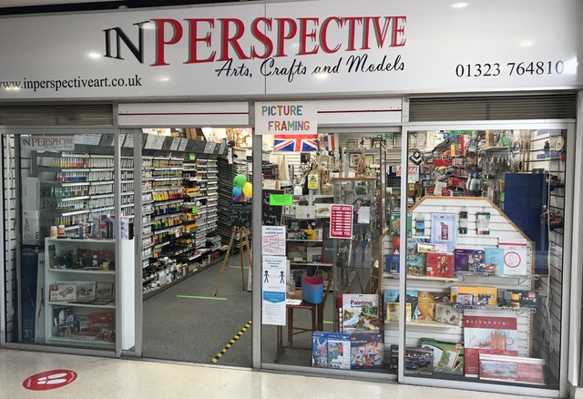 In perspective shop front